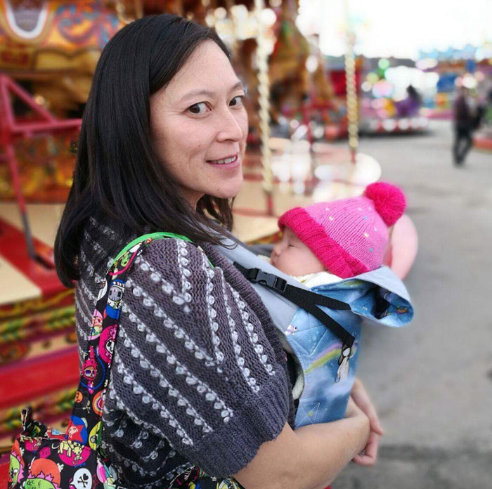 Baby-wearing-at-the-fair